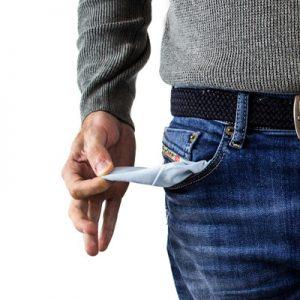 Ohne Kredit mit Schufa ist die Tasche leer